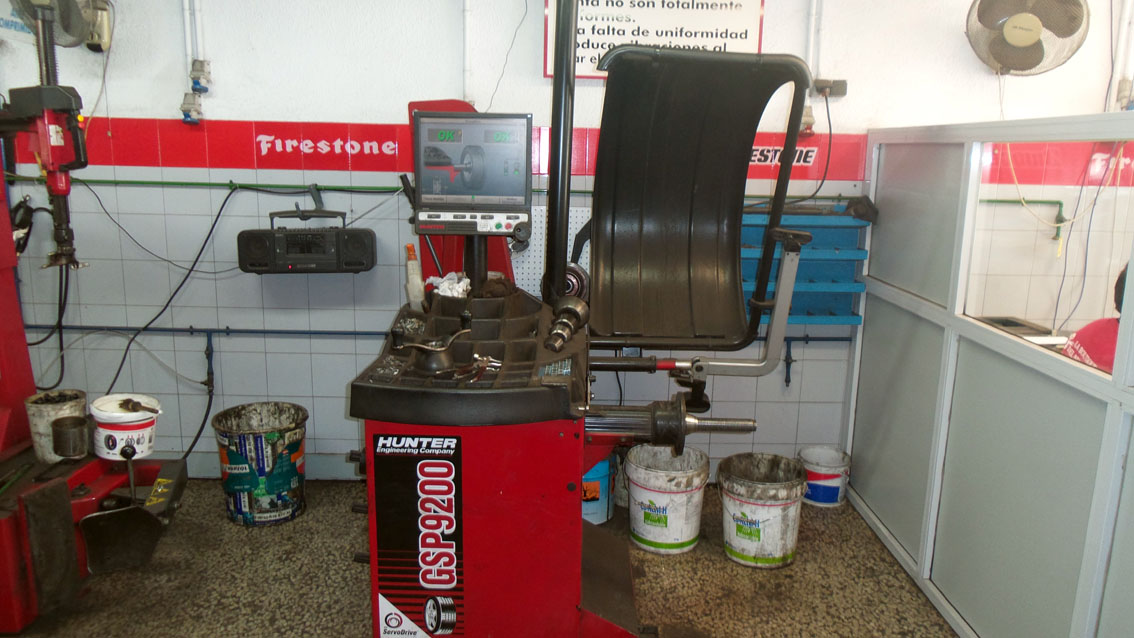 servicios-boutique-neumatico-equilibrado-ruedas-03