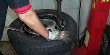servicios-boutique-neumatico-sustitucion-ruedas-01