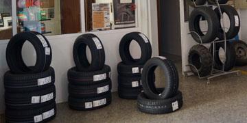 servicios-boutique-neumatico-sustitucion-ruedas-02
